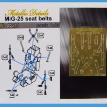 MD4825 MiG-25. Seat belts