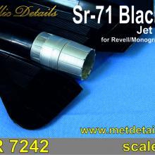 MDR7242 SR-71 Blackbird. Jet nozzles